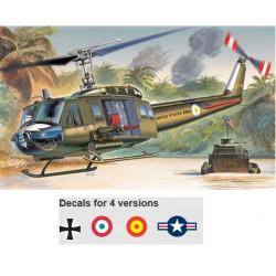 ITALERI: UH-1D  SLICK...