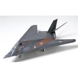TAMIYA: LOCKHEED F-117A...